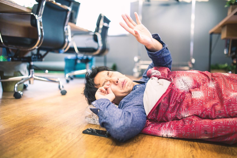 日本のシステムエンジニアの残業だけが増えて生産性が上がらない理由